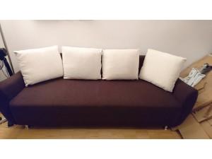 Couch / Sofa (ausziehbar) - NEUWERTIG - sehr gut erhalten - fast NEU